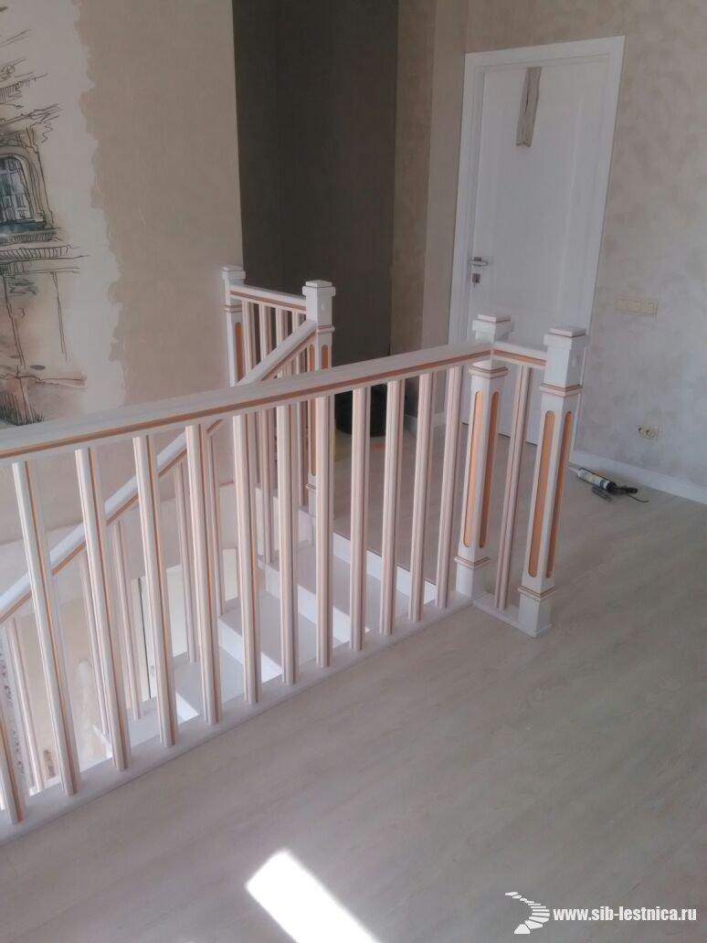 Элементы лестниц из сосны, ступени, балясины, мебельный щит