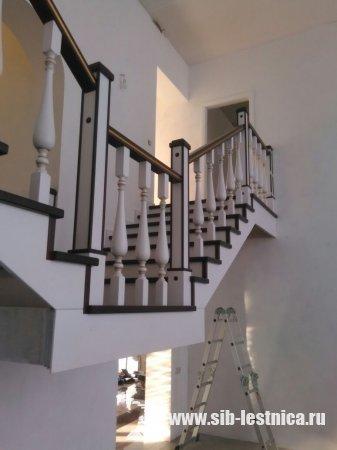 Многоуровневая лестница в частном доме